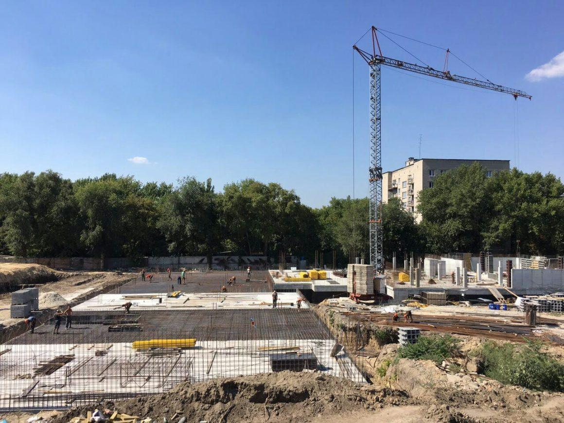 Готовимся заливать бетоном перекрытия паркингов в секции Люкс