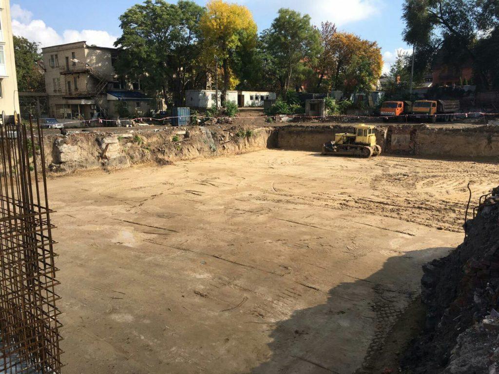 Грунтовая подушка 6 секции  Комфорт принята к бетонной подготовке.