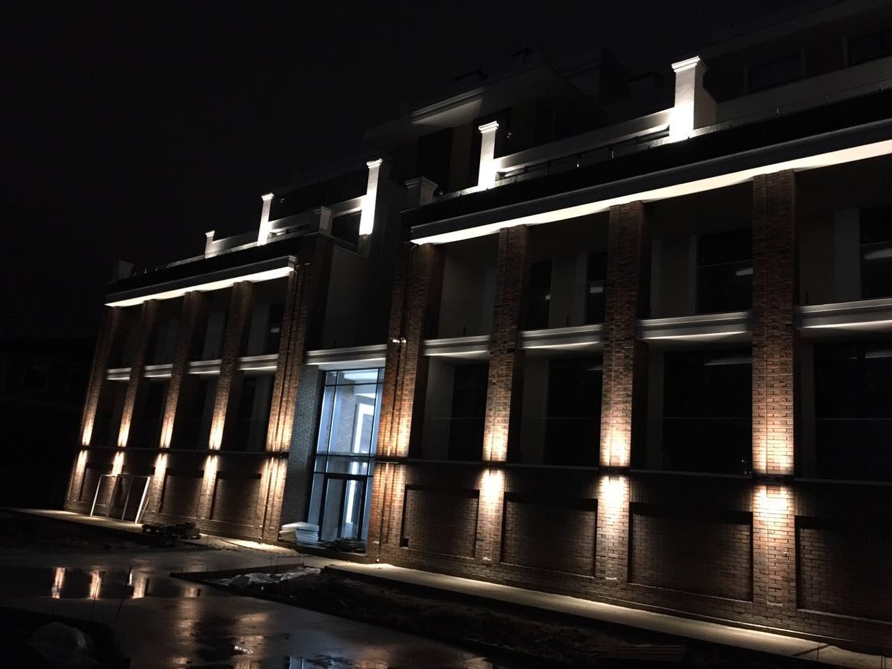Ночная подсветка секции Lux во всей красе