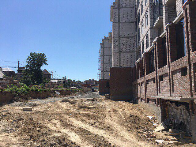 Строим дорогу в районе 6-9 секции